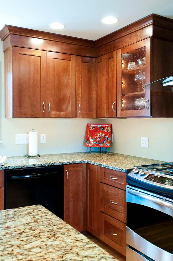 Semi Custom Kitchen Cabinets: Semi-Custom And Stock Cabinetry